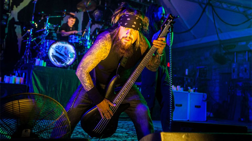 korn bassist fieldy announces solo album bassically music kerrang radio. Black Bedroom Furniture Sets. Home Design Ideas