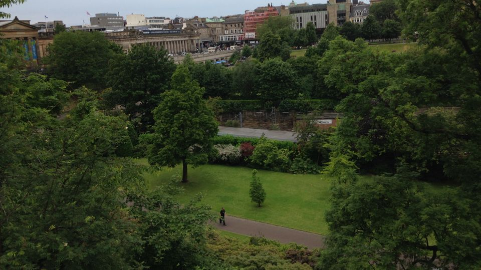 Suspicious package found in Princes Street Gardens had \'potential to ...